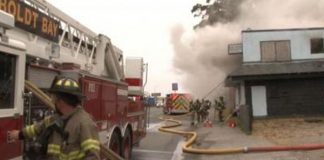 suspicious-fire-destroys-old-blue-heron-motel
